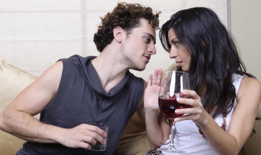como cortejar a una mujer casada