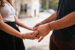 como-enamorar-conquitar-a-un-hombre-casado-rapido-y-facil-300x226